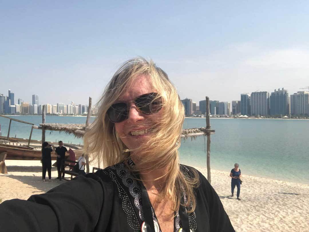 at-water-edge-abu-dhabi-cindy-watson